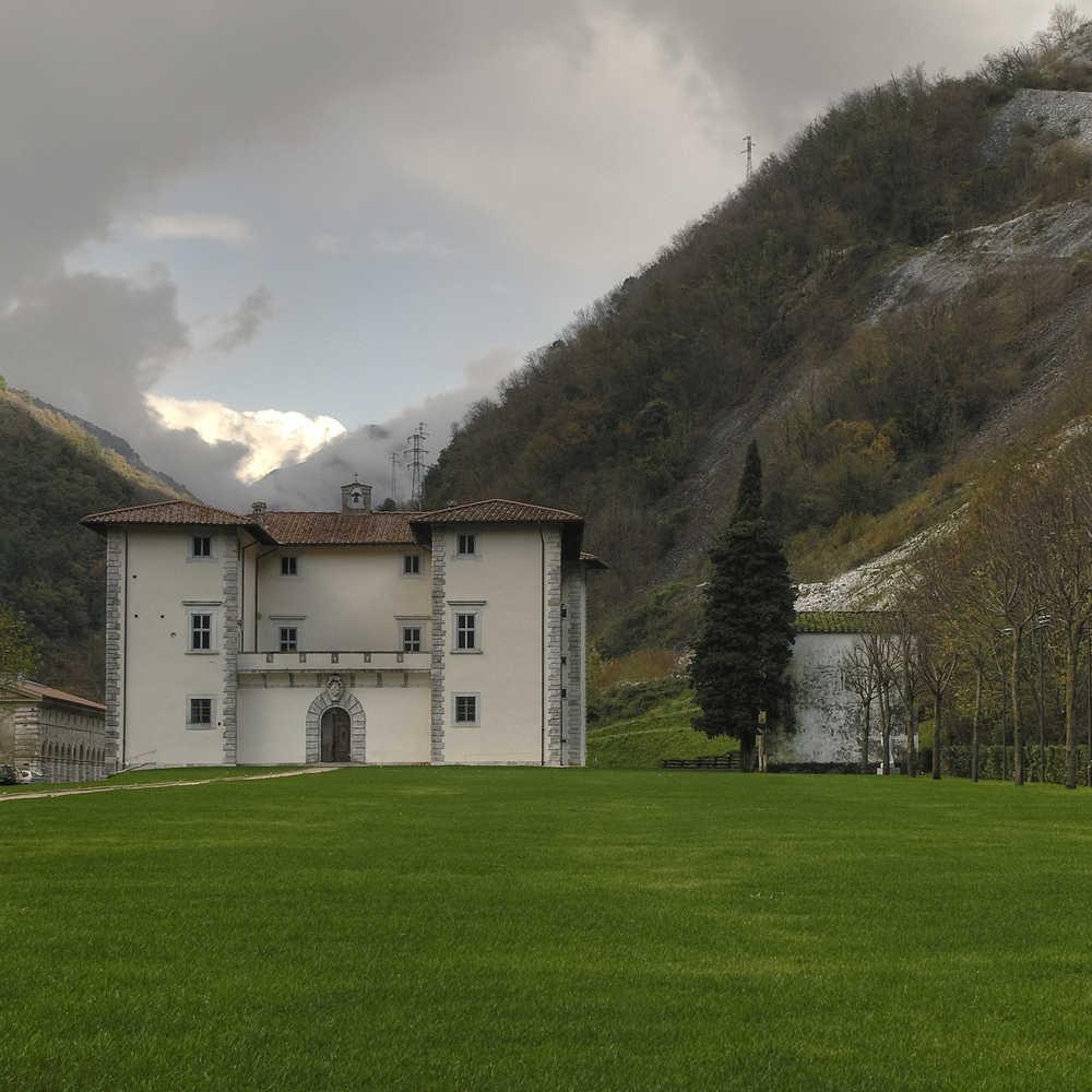 Palazzo di Seravezza 2.jpg -